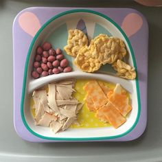 Today's lunch for princess A. Strawberry yogurt raisins, ranch flavored rice crackers, turkey from a deli in our supermarket and cheddar mozzarella cheese. A ate all of her cheese, crackers and most of her turkey. Easy Toddler Meals, Toddler Lunches, Healthy Meals For Kids, Kids Meals, Toddler Food, Daycare Meals, Homemade Baby Foods, Lunch Snacks, Baby Food Recipes