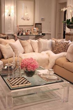 Feminine Living Room Design with Acrylic Coffee Table - Discover home design ideas, furniture, browse photos and plan projects at HG Design Ideas - connecting homeowners with the latest trends in home design & remodeling Family Living Room Design, Interior, Home N Decor, Family Living Rooms, Home Decor, House Interior, Apartment Decor, Interior Design, Home And Living