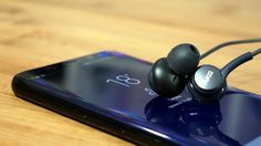 Galaxy S8 AKG Earbuds Review: Best phone accessory of 2017?(===================) My Affiliate Link (===================) amazon http://amzn.to/2n6MagF (===================) bookdepository http://ift.tt/2ox2ryU (===================) cdkeys http://ift.tt/2oUpFex (===================) private internet access http://ift.tt/PIwHyx (===================) Galaxy S8 and S8 Skins: http://ift.tt/1JFhCGx Samsung is including a pair of AKG earbuds in the box with ever Galaxy S8 sold. We're big fans of…