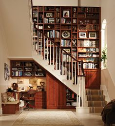 Double quarter-turn staircase in white-painted oak