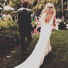 Prachtige Vback! weddingdress beautifull mooi sexy daarkomtdebruid thevownl