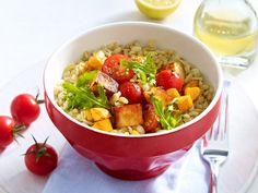 Halloumi-Salat mit gebratenem Gemüse