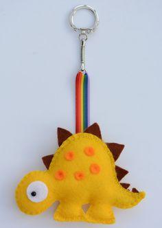 Willkommen bei FlossyTots Diese liebenswert Schlüsselanhänger ist MADE TO ORDER Dieses Angebot gilt für einen Dinosaurier-Schlüsselanhänger