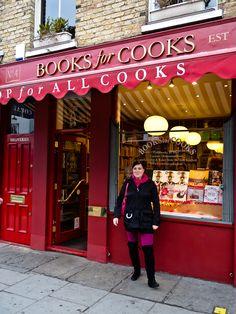 Notting Hillissä on upea keittokirjakauppa, jossa on myös kahvila. Kahvilassa valmistetaan joka päivä leivonnaisia eri keittokirjoista. Valikoimaa on noin 7 per päivä. Vuosittain julkaistaan kirja parhaimmista testiresepteistä.