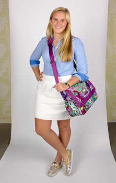 Megan Carries ... the Puffy Messenger in Heather