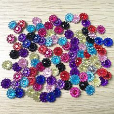 100 pieces/lot Scrapbook Clothing accessories Nice plastic round colorful flowers
