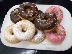 le famose ciambelline di homer in versione mini e con la piastra. mini donuts per una merenda da very fast food.