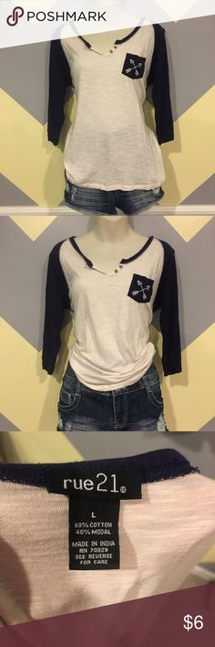 🌸Navy and Cream Arrow Pocket Top - Rue 21 Smoke free. Offers highly accepted. Questions answered within 24 hours 💕 Rue 21 Tops Tees - Long Sleeve