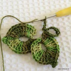 Folha de crochê passo a passo (22) Crochet Leaves, Crochet Doilies, Crochet Flowers, Crochet Stitches, Crochet Patterns, Love Crochet, Crochet Baby, Simple Crochet, Crochet Flower Tutorial