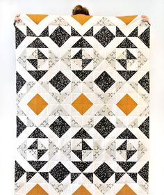 Nordic Triangles Quilt Pattern by Suzy Quilts Quilt Baby, Boy Quilts, Triangle Quilt Pattern, Half Square Triangle Quilts, Quilt Modernen, Contemporary Quilts, Quilt Tutorials, Quilting Projects, Quilting Ideas