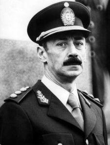 17 maggio: muore Jorge Rafael Videla