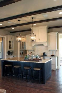 Two tone kitchen cabinets are trending right now. The kitchen is undeniably an important part in a house. Since we often spend our time in the kitchen, it is important to make it as comfortable and appealing as possible. Two Tone Kitchen Cabinets, Kitchen Redo, Rustic Kitchen, New Kitchen, Kitchen Ideas, Dark Cabinets, Kitchen Backsplash, Loft Kitchen, Awesome Kitchen