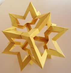 Kusudama Star Holes byFrancesco Mancini.  Instructional video.