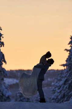 Engagement and couple shoots available for the wanderlust inside of you. Shot in and around the nature of Lapland. Engagement Couple, Engagement Shoots, Romantic Honeymoon, Midnight Sun, Natural Scenery, How To Pose, Couple Shoot, Lifestyle Photography, Wilderness