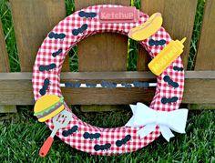 DIY picnic wreath -cute for summer!