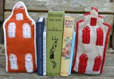 Ginx Craft: Dutch House Bookends