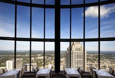 The Sun Dial Restaurant - Level 71