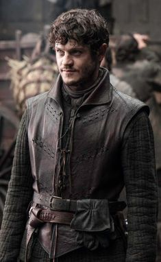 Iwan Rheon (Ramsay Snow Bolton)... as much as I love to hate him, I LOVE to hate him.