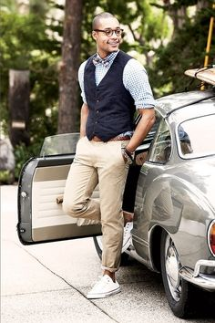 Preppy... Vest cuffed khakis tennis shoes or better yet with deck or boat shoes.