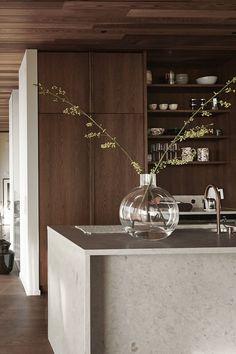Interior Simple, Japanese Interior Design, Interior Design Kitchen, Modern Interior Design, Interior Architecture, Küchen Design, House Design, Modern Kitchen Design, Elle Decor