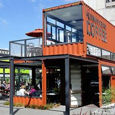 Add Pop-Up Street Galleries - Remove the awkward parking on Wabash and install Pop-Up retail spaces in colorful shipping containers that open onto the sidewalk. Fill containers with various artists and vendors for daily markets.