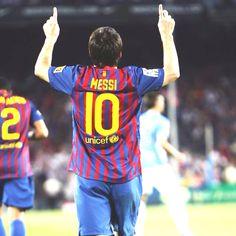 BARÇA: Messi despres de marcar un gol  (Es el millor del mont amb diferencia.