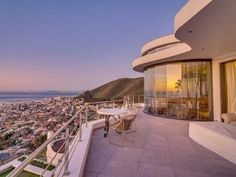 Listing number:P24-103212839, Image number:3 5 Bedroom House, Cape Town, Opera House, Number 3, Building, Places, Travel, Image, Viajes