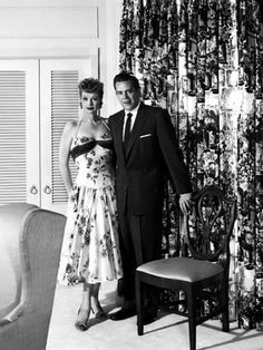Photos and Pictures - Lucille Ball and Desi Arnaz Supplied by Smp/Globe Photos, Inc. Celebrity Wedding Photos, Celebrity Weddings, Celebrity Pictures, Celebrity Babies, Celebrity Style, Hollywood Couples, Old Hollywood, Hollywood Stars, I Love Lucy Show