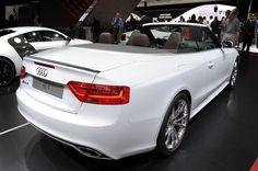 Заряженный 2013 Audi RS5 Cabriolet - Альбомы
