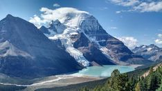 Mount Robson from Berg Lake Trail