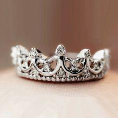Fashion Vintage Cutout Crown Design Cubic Zirconia Women's Ring-USD$ 21.95 : EverMarker.com