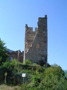 Château de Miglos - Ariège -Le château de Miglos, aussi appelé château d'Arquizat, est situé dans les Pyrénées Ariègeoises en vallée du Vicdessos.