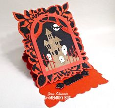 Combine Haunted Dome Layers and the Adriana Easel Set by Jean Okimoto for the MemoryBoxCo Design Team Halloween Cards, Halloween Pumpkins, Memory Box Cards, Paper Crafts, Diy Crafts, Easel Cards, Black Glitter, Box Design, Clear Stamps