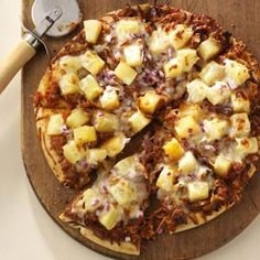 Pulled Pork Pizza! Make it with your left overs!