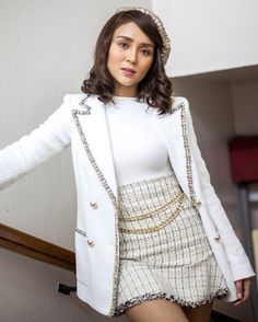 Last Minute Christmas Outfit Ideas from Kathryn, Liza, and More - Star Style PH Kathryn Bernardo Hairstyle, Kathryn Bernardo Outfits, Creative Shot For Graduation, Retro Outfits, Cute Outfits, Star Fashion, Fashion Outfits, Clueless Fashion, Most Beautiful Women