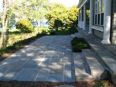 Retaining wall - same as patio stone. Love this bluestone.