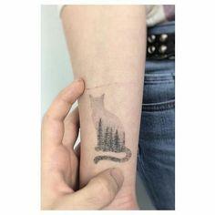 small tattoo cat slhouette