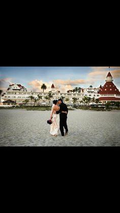 Hotel del coronado wedding.