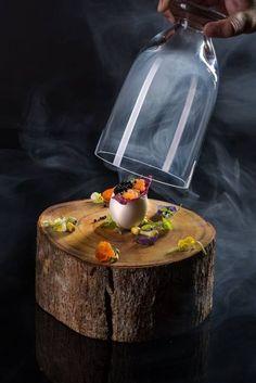Kevin Nhn Smoked Salmon tartar, caviar, fennel espuma  (by infinity laboratory)