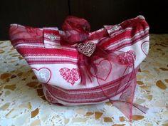 Una borsa da mare (d'amare)