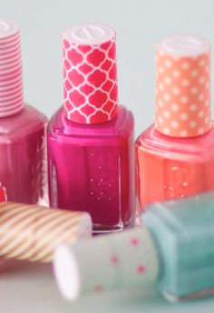 Washi tape nail polish bottles: completely unnecessary, but oh so cute! Nail Polish Gifts, Nail Polishes, Nail Polish Bottles, Nails, Diy Washi Tape Crafts, Paper Crafts, Washi Tapes, Cool Diy, Spa Party