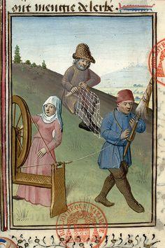 Great wheel & distaff - Enseignement de la manière de huer et de corner à la chasse. Avant 1476. Also notice the gentleman using a shuttle to make a fishing net.