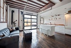 """VENUE 