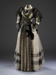 Mayer & Morhanger (Dressmakers), Afternoon Dress with Applied Ribbon Lace, 1889-1892. (Front View)