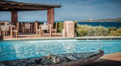 €300 Das Hotel Villa del Golfo  Sardinien bietet Ihnen Panoramablick auf die Costa Smeralda mit ihren Granitfelsen und die Insel Caprera und besitzt eine…