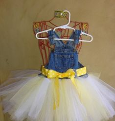 Very best quality Newborn baby Dress Evening wear for your chosen newborn baby, We've a very nice selection of handmade toddler toddler tutu dresses. Little Girl Dresses, Girls Dresses, Tutu Dresses, Party Dresses, Overall Tutu, Cinderella Tutu, Fabric Tutu, Tutu Tutorial, Baby Couture