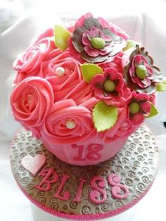 Birthdays - Cakes and Cupcakes in Chelmsford Essex - Weddings, Birthday Cakes and more