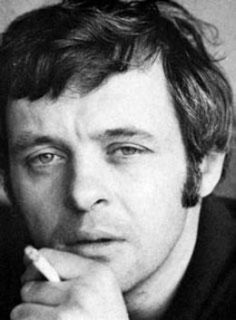 Young aspiring actor Anthony Hopkins