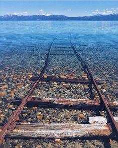 센과 치히로의 행방불명을 떠올리게 하는 실제 호수 사진 : 네이버 블로그