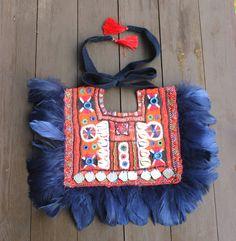 "Collar babero  ""Kanchali"" azul y rojo. Pechera banjara, boho, tribal, gypsy, hippie, exclusivo, hecho a mano-"
